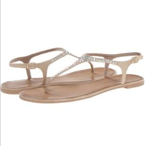 EUC Chinese Laundry Strappy Sandals Size 6.5